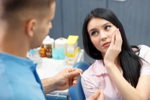 woman with dental implant tooth sensitivity in Southlake